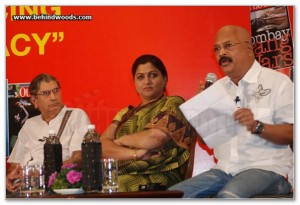 Charu_Nivedita_at_the_Outlook_Speak_Out_Debate_2010,_Chennai_4